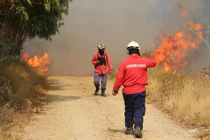 incendio bombeiros 2