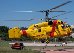 2016513756_Helicopterocombateincendios2014
