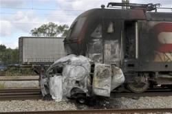acidente guarda carrinha comboio