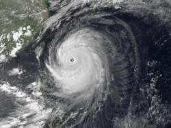 Tufão Neoguri coloca Japão em estado de alerta (Reuters)