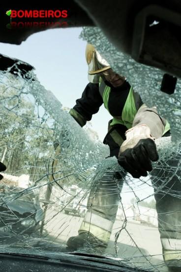 4º. Lugar Nome: André Granja Valor prémio: 75€ Titulo: Remoção do Vidro