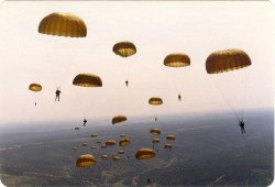 Paraquedistas III