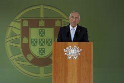 O Presidente da República Marcelo Rebelo de Sousa, discursa durante a cerimónia militar de homenagem ao general Ramalho Eanes que decorreu em Mafra, 25 de junho de 2016. ANTÓNIO COTRIM/LUSA