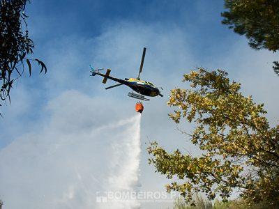 Helicóptero cai no combate ao fogo em Castro Daire