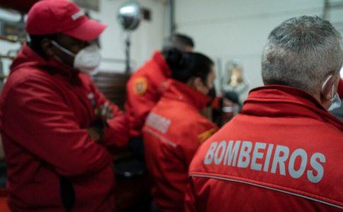 Bombeiros Voluntários do Porto apresentaram queixa contra a direção no DIAP Foto: David Tiago/Global Imagens